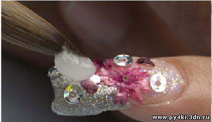 акриловые цветы +на ногтях