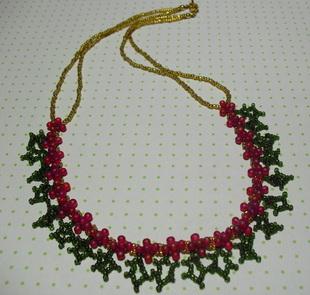 Новогоднее ожерелье