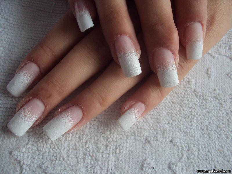 Фото ногтей с дизайном пылью
